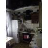 Срочно продам.  1-но комнатная чистая кв-ра,  престижный район,  все рядом,  VIP,  с мебелью,  встр. кухня