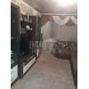 Срочный вариант.  2-х комнатная теплая кв-ра,  центр,  все рядом,  с мебель