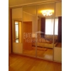 трехкомн.  прекрасная квартира,  все рядом,  VIP,  с мебелью,  встр. кухня